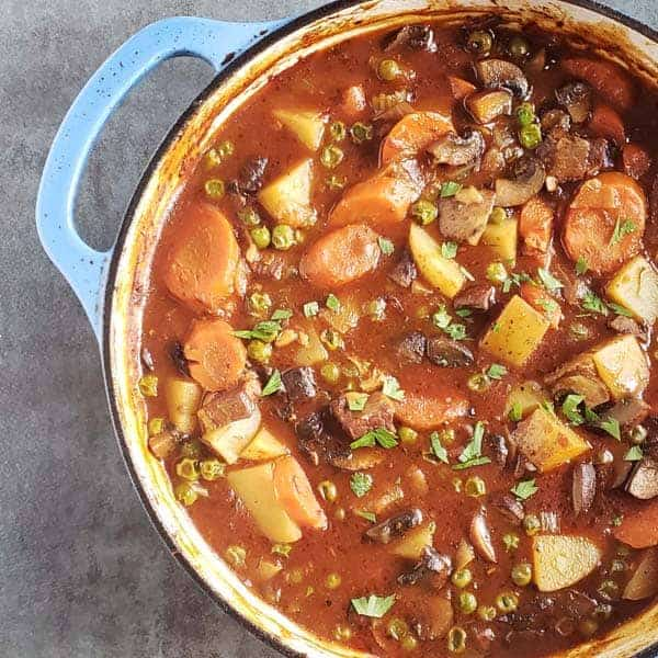 Recipe for Beef Stew in a Dutch Oven